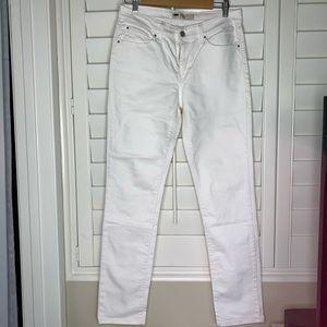 Levi Mid Rise Skinny White Jeans
